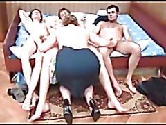 Групповое порно со зрелой женщиной
